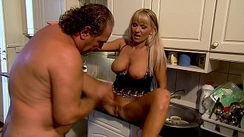 abigcockman Mature Mom fucks in kitchen - Winnie