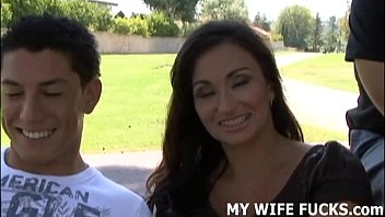 sunnyleonexnxx How does it feel watching a stranger plow your wife