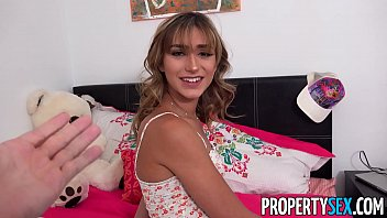 rozklapichy PropertySex - Insane hot nympho roommate almost kicked out