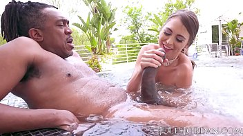 gastimaza Jules Jordan - Riley Reid Found Dredd&rsquos Sea Monster It Finds Its Way To Her ASS