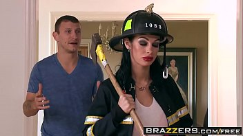 titjob Brazzers - Shes Gonna Squirt - Putting Out The Fire scene starring Angelina Valentine and Mr Pete