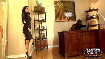 naughtythrowawayf WCP Club Veronica Avluv loves a giant BBC