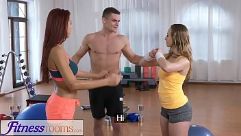 kutjes Fitness Rooms Naughty young girls cock hungry threesome with gym hunk