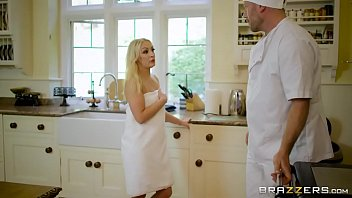 xxxc Brazzers - Hot Milf &lparKendra Lust&rpar takes young cock