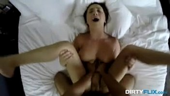 pornohub su Beautifull Teen girl read for hard sex with her boss in office for her permossan