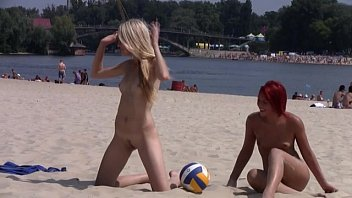 ceceseptember This teen nudist strips bare at a public beach