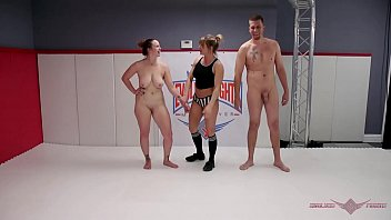 iyottube Busty MILF Bella Rossi challenges Max Blunts in an all out wrestling match