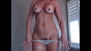 xvidieos2 Hottest Milf EverJessRyan flashing pussy on live webcam