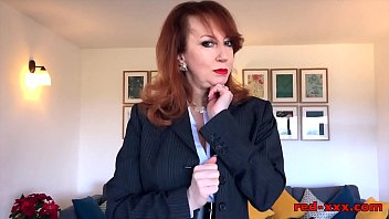 cholotube British mature Red will do anything to sell this house