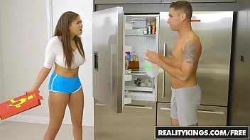 zooporn RealityKings - Big Naturals - Brad Knight Cassidy Banks - Ohh Cassidy