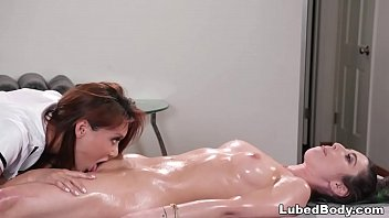 zooseks Lesbian massage sex with Serena Blair and Ayumi Anime