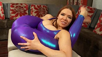 littlesubgirl Super Stretchy Redhead Shows Off Flexibility in Spandex