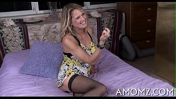 vidz24 Hot mom groans with unfathomable fucking