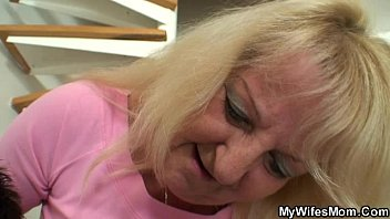 xnnxx Old blonde jumps on massive meat