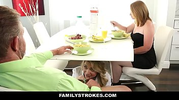 javpro hd Daddy fucks step daughter when mommy leaves