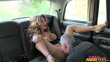 brazzar com Female Fake Taxi Sexy driver loves a hard cock