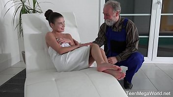 hdzog com Old-n-Young - Anita Bellini - Old man cums into a fresh mouth