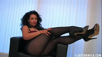 litorica Danica Collins &lparDonna Ambrose&rpar Playing in Pantyhose