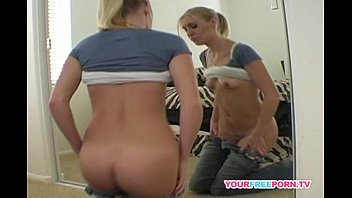 xvideosxxx Blonde babe rubbing her pussy in front of the mirror