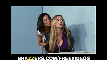 brezzersporno Dominant cop Kirsten Price seduces and fucks her busty suspect