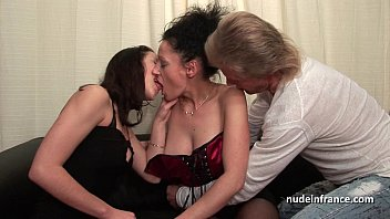 bucolyse FFM Amateur french couple teaching a young brte babe in hard fist didlo fuck