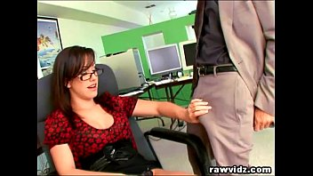 xxxesx Hot secretary gets fucked by her boss