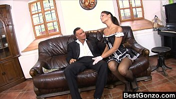 brazzerporn Defrancesca Takes Good Care Of Her Employer