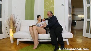 2cporn Irene is craving to have anal sex with old man