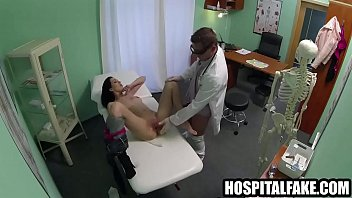 pornhut Sexy brte patient geast implants and gets a creampie injection instead 720 5