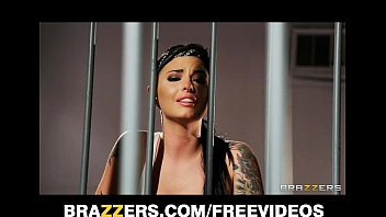 pornhub con Busty prison inmate Eva Angelina gets gang-banged in the shower