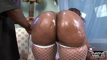 whatboyswant EVASIVE ANGLES Horny Black Mothers 13 with Ms Cleo