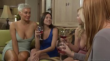 tikwap Lesbian Step sisters have feelings - Girlfriends Films