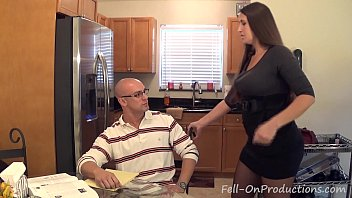 "inaporn Madisin Lee in MILF mom helps son with his ""Term Paper Blue Balls"""