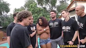 marvelcharm Zoey Reyes Gives Blowjob To A Group Of Horny White Men