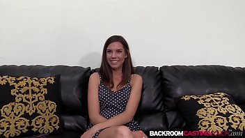 pornolupo Nubile amateur Eva ass creamed on the casting couch