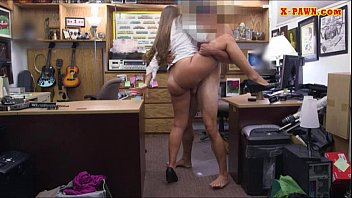 hubporn Amateur chick pounded by pawnshop keeper inside the office