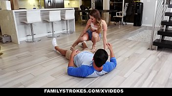 machofucker FamilyStrokes - Hot Teen Pounded By Her Cousin
