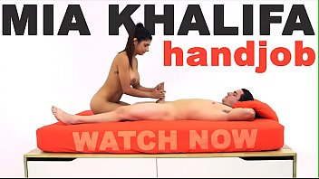 sexeo MIA KHALIFA - Arab Goddess Performs Expert Level Handjob On Peter Green
