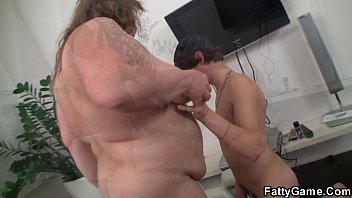 xvodeos Big belly bbw sucks and rides his young cock