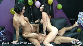 plumperpass Big titted Dylan Ryder and Jayden Jaymes in threesome