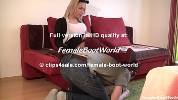 sexmasti Girl in Suede Boots