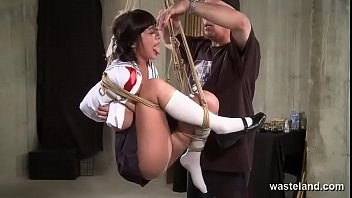 iporn Sex Swing Proves A Perfect Device For Dominant Master To Torment His Submissive Slut