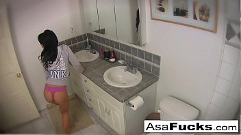 chippylipton Asa sets up two cameras for you to see her get nice and horny