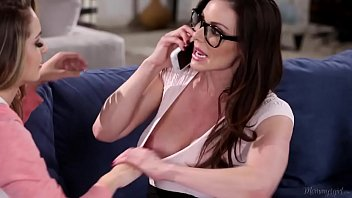 xxxmovies Busty Mommy Kendra Lust and Kimmy Granger - groupsexhub