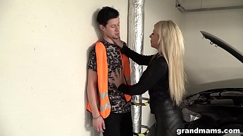 madthumb Old and rich leather dressed slut fucks the car repair guy
