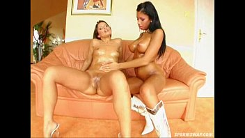porhub Sperm Swap Hot scene with sperm swapping super babes