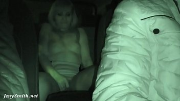 shooshtime Jeny Smith has being caught naked on a back seat of taxi
